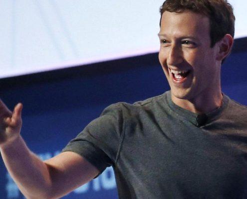 Qual sistema de avaliação de desempenho o Facebook utiliza?
